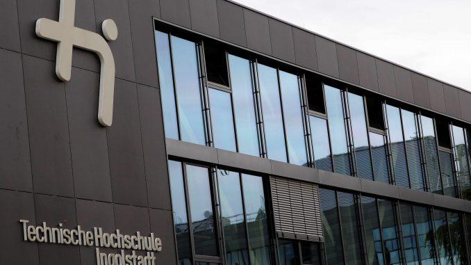 Große Anziehungskraft: zahlreiche Nachwuchsakademiker studieren in Ingolstadt
