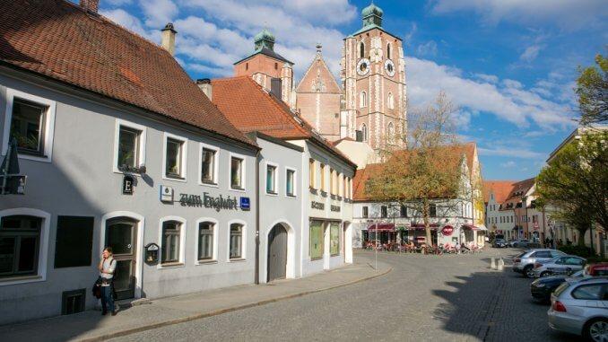 Die Kreuzstrasse mit dem Ingolstädter Münster