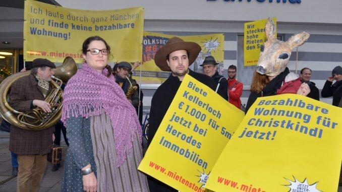 Eine Schwangere und ein Handwerker waren in München auf Herbergssuche.