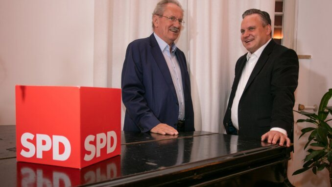 Christian Ude, Ex-Oberbürgermeister der bayerischen Landeshauptstadt München (links), und Dr. Christian Scharpf (SPD)